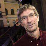 Rauhannobelisti Tilman Ruff: Ydinasekieltosopimus antaa toivoa.